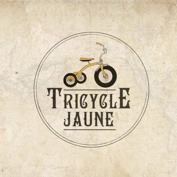 Le monde en Tricycle Jaune